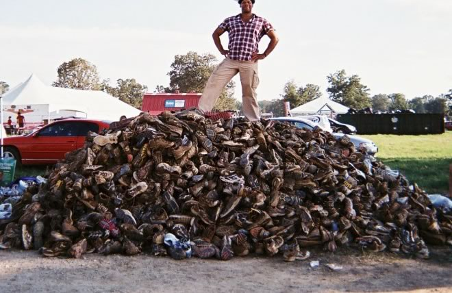 UPDATE: Morehouse Atlanta Alumni Partner with Econeakers to Recycle Shoes, Raise Funds